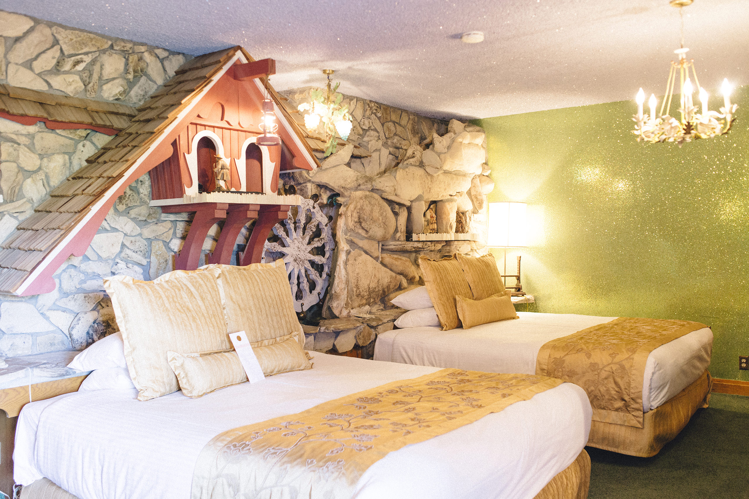 Classfare – The Madonna Inn